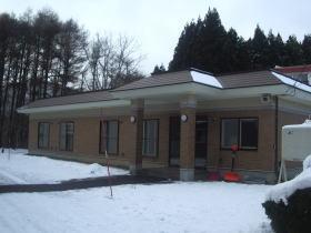 本荘と別棟の間のロードヒーティング写真