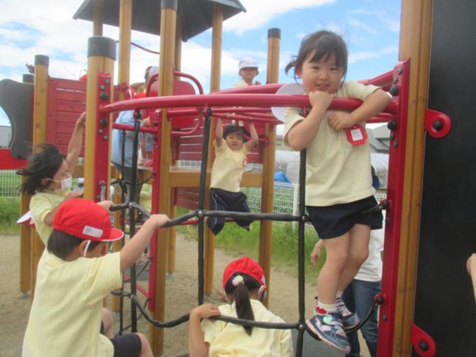 ゆうあい幼稚園 外遊び