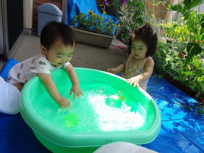 七重浜こども園 水遊び2