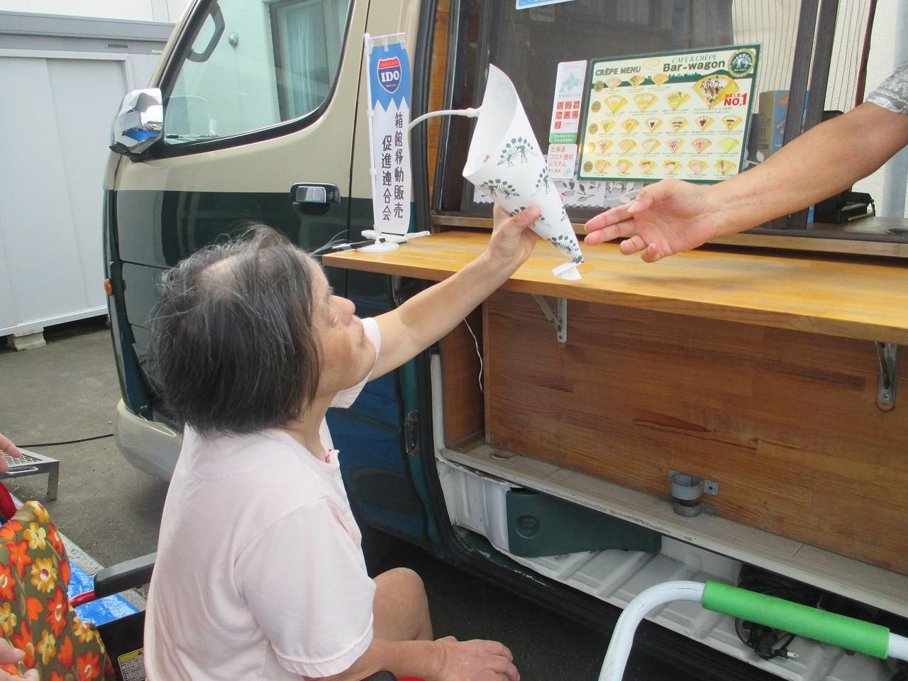 明生園 夏はクレープ屋さんもやってきました!!