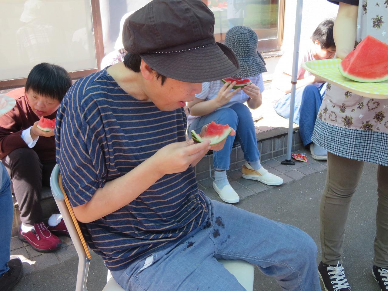 明生園 「暑い夏の日①」