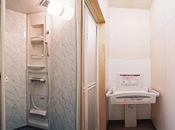 シャワー室、ベビーシート